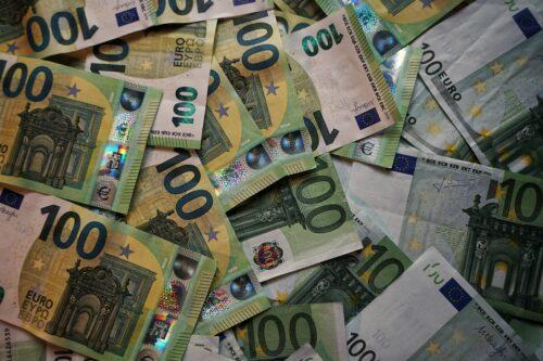 100ユーロ紙幣